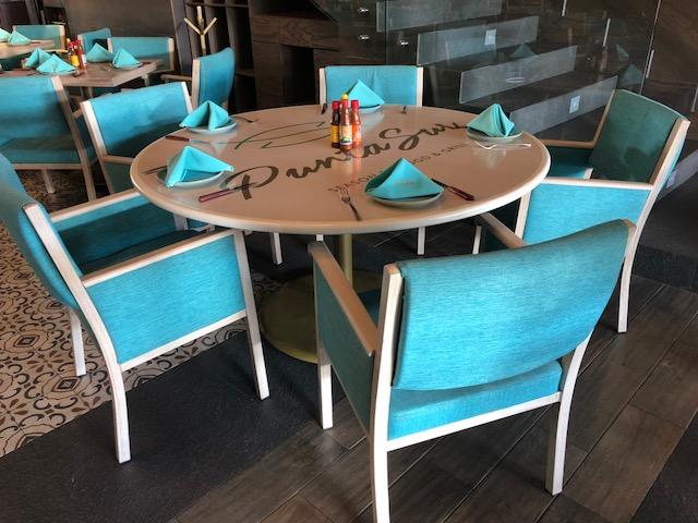 Muebles para restaurantes sillas y mesas para for Mobiliario para restaurante